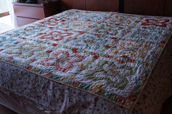 Bending Pins: Parcheesie Quilt Complete